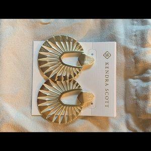 NWOT gold didi earrings